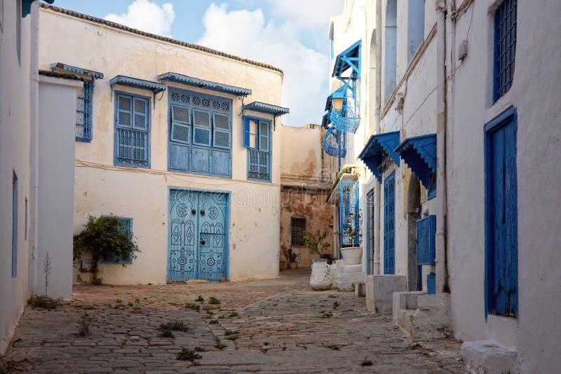Calle secundaria en Sidi Bou dicho, Túnez, Túnez imágenes de archivo libres de regalías