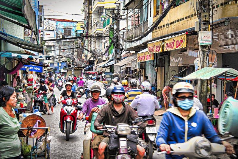 Calle típica de la ciudad del ` s de Ho Chi Minh fotos de archivo libres de regalías