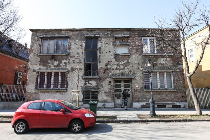 Calle típica en Budapest fotos de archivo