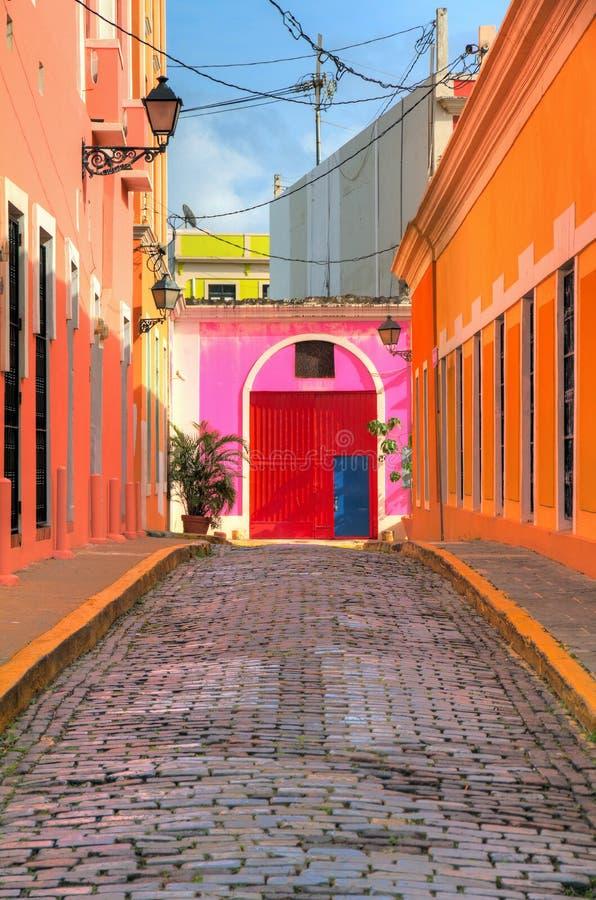 Calle vibrante San Juan foto de archivo