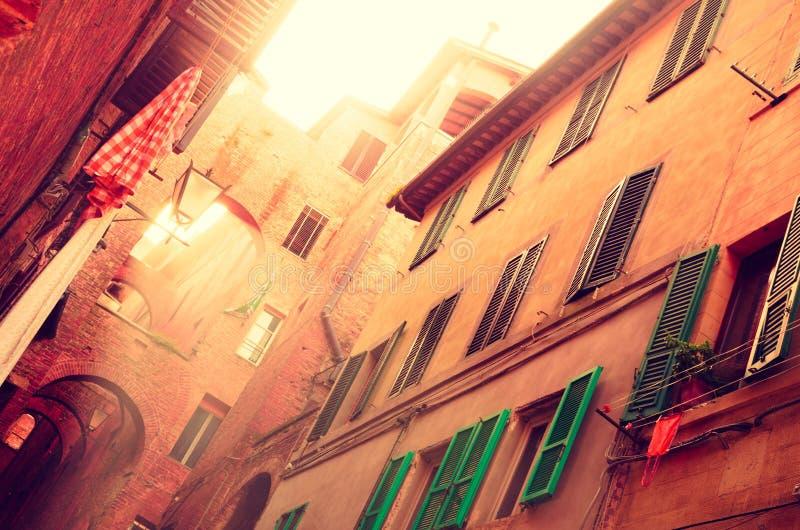 Calle vieja de Toscan - del sur europa Italia foto de archivo libre de regalías