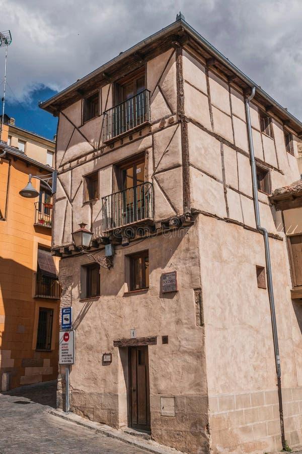 Calle vieja del cuarto de las casas del pueblo judío, Segovia, España imagenes de archivo