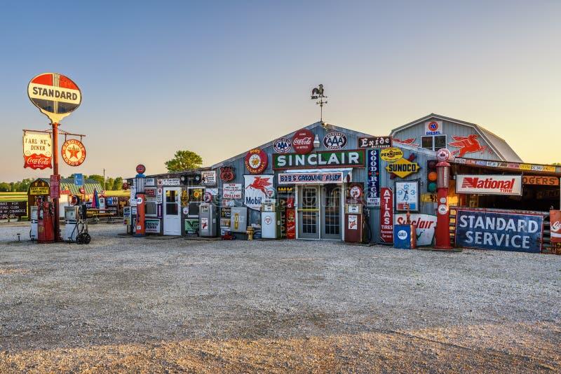 Callejón de la gasolina de Bob en la ruta histórica 66 en Missouri imagen de archivo libre de regalías