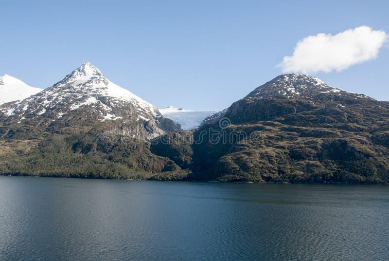 Callejón del glaciar - Patagonia la Argentina foto de archivo