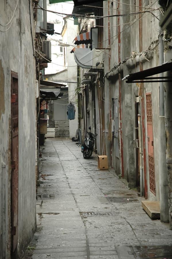 Callejón del pavimento del vintage en Macao imágenes de archivo libres de regalías