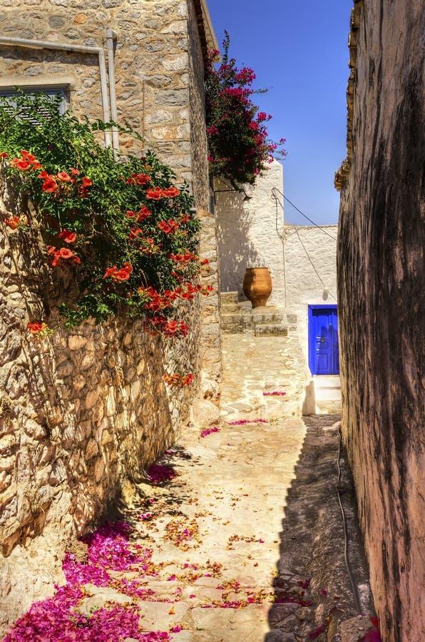 Callejón griego de la isla fotografía de archivo libre de regalías