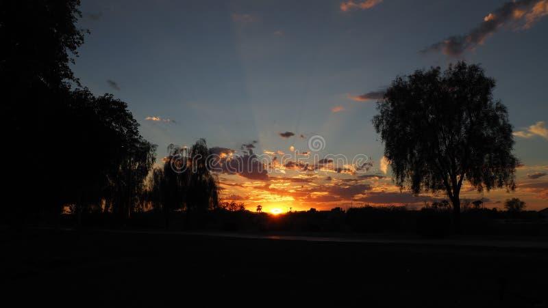 Callej?n de la puesta del sol fotografía de archivo libre de regalías
