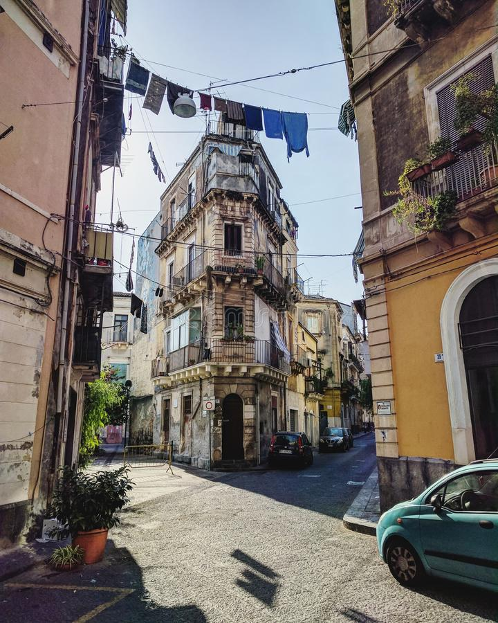 Calles acogedoras de Catania fotos de archivo libres de regalías