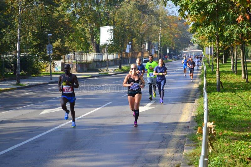 Calles Bulgaria de Sofia Marathon foto de archivo