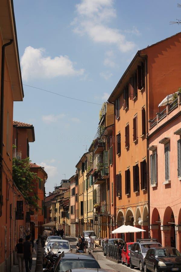 Calles coloridas de Bolonia foto de archivo libre de regalías
