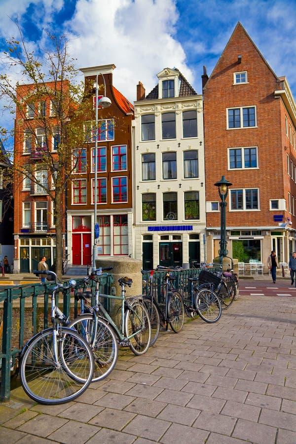 Calles de Amsterdam fotos de archivo
