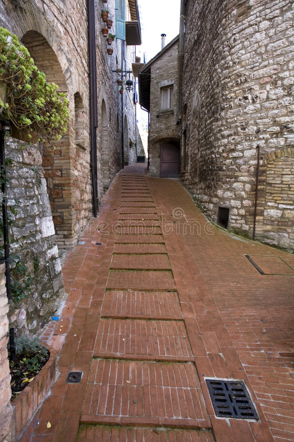 Calles de Assisi imagen de archivo