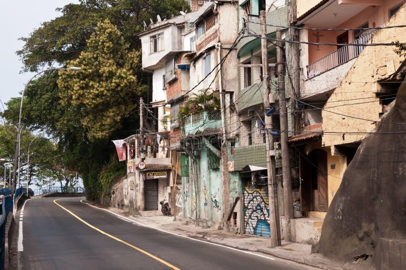 Calles de Favela Vidigal en Rio de Janeiro foto de archivo