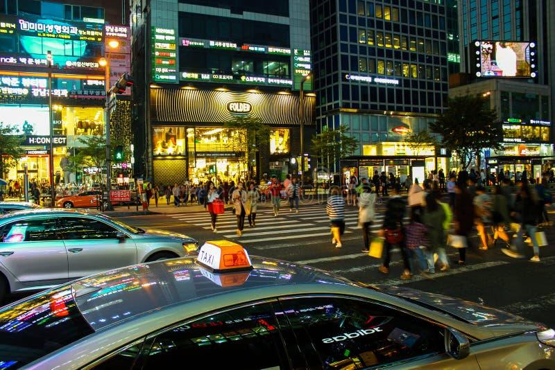 Calles de Gangnam, Seul, Corea del Sur imagenes de archivo