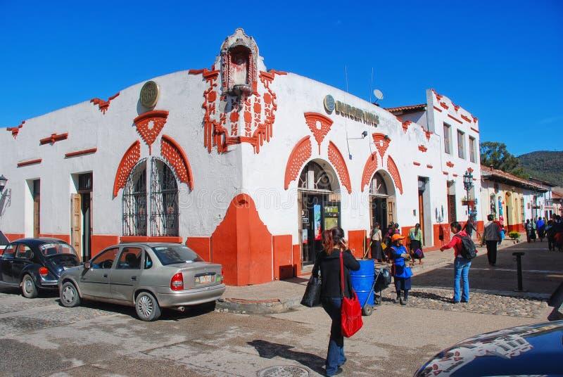 Calles de la ciudad colonial Oaxaca, México fotografía de archivo