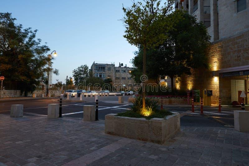 Calles de la noche en el centro de Jerusalén foto de archivo libre de regalías
