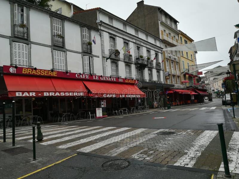 Calles de Lourdes en Francia fotografía de archivo libre de regalías