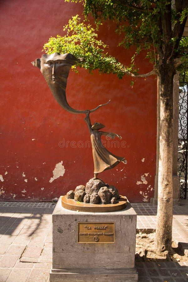 Calles de Tlaquepaque en Jalisco, México imagen de archivo