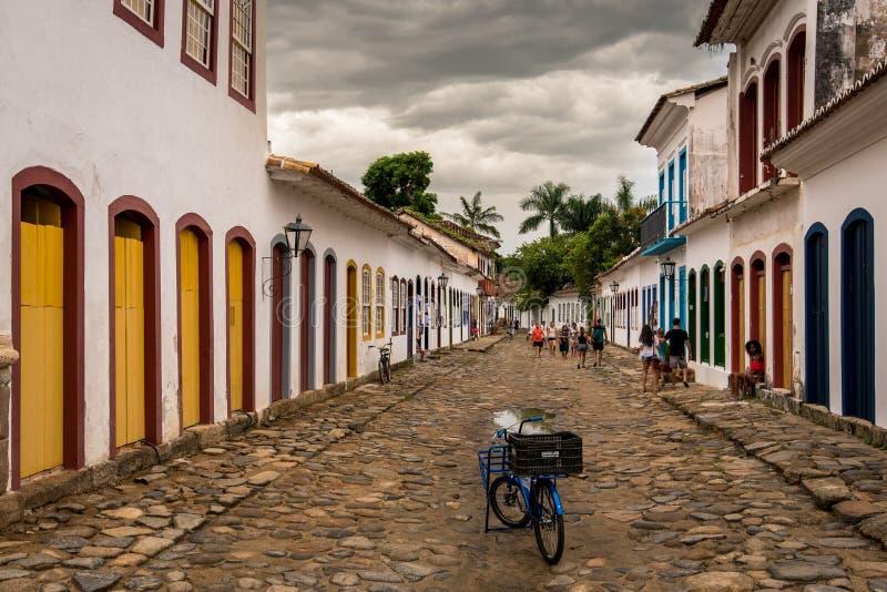 Calles del centro histórico de Paraty fotos de archivo