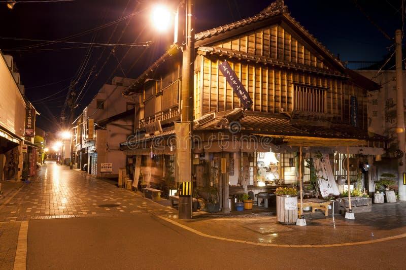 Calles del pueblo Futamigaura con las casas japonesas tradicionales, Japón imagen de archivo libre de regalías
