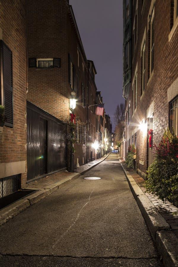 Calles del ` s de Boston en la noche imagenes de archivo