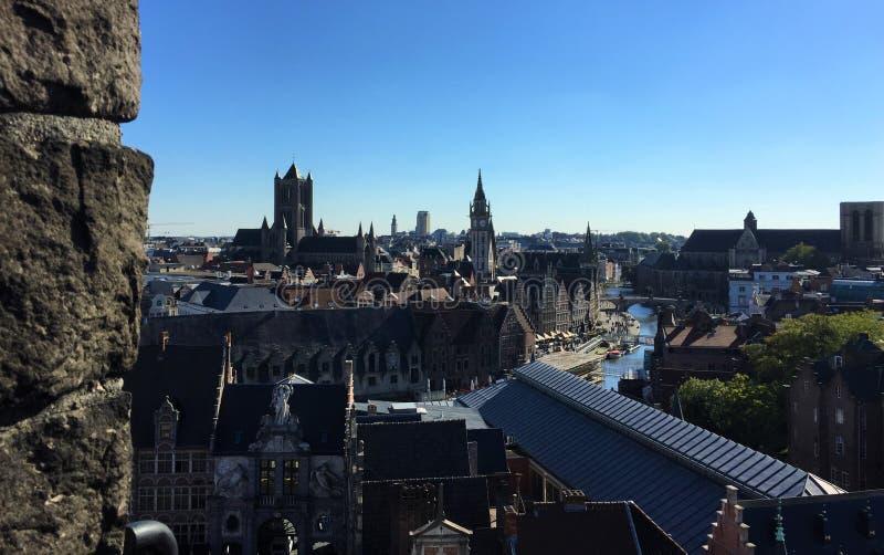 Calles encantadoras de Gante Francia - el castillo foto de archivo libre de regalías