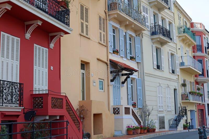 Calles riviera francesa, ` Azur, costa mediterránea, Eze, Saint Tropez, Cannes de Mónaco de CÃ'te d Agua azul y yates de lujo fotografía de archivo libre de regalías