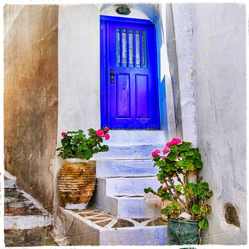calles tradicionales de las islas de Amorgos, Grecia fotografía de archivo
