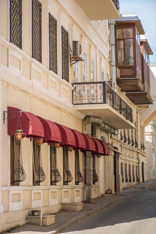 Calles viejas restauradas y que parecen buenas imagen de archivo