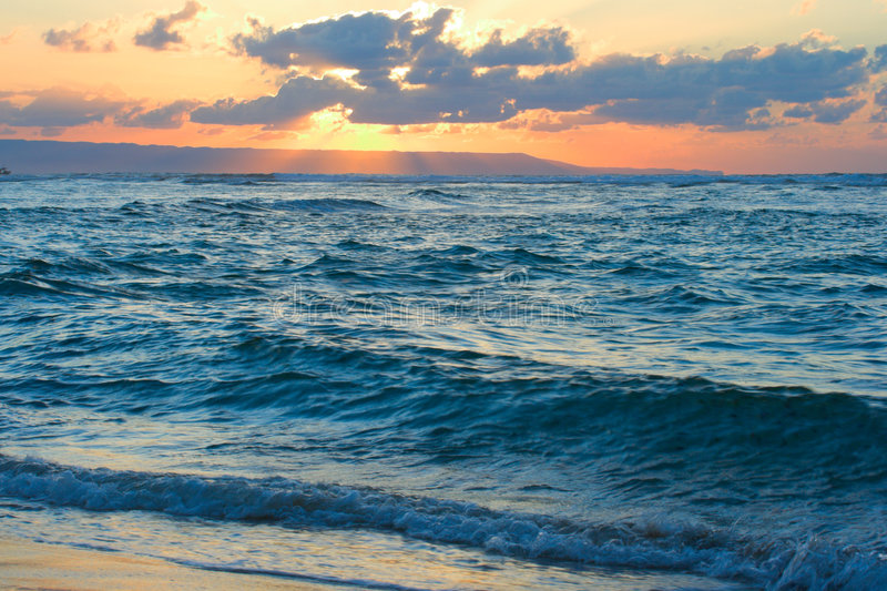 Download Calm Ocean And Beach On Tropical Sunrise Stock Image - Image: 4718259