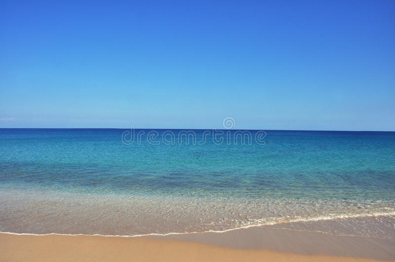 Calm sea and beach, relaxing vacation background. Horizon royalty free stock photo