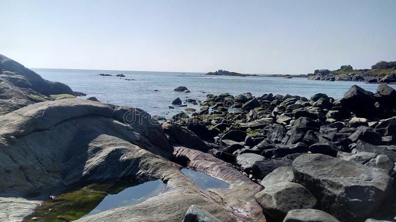 Calma de la piedra de la piedra arenisca del agua foto de archivo