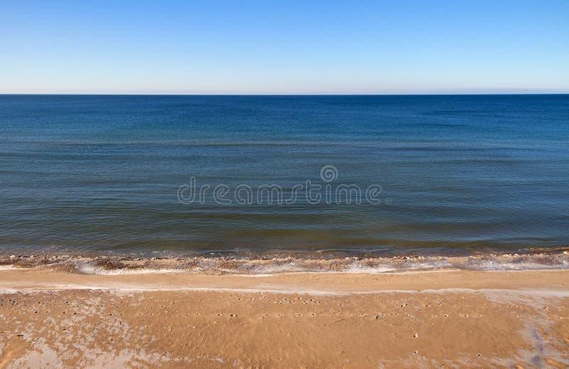 Calmy baltiskt hav royaltyfria bilder