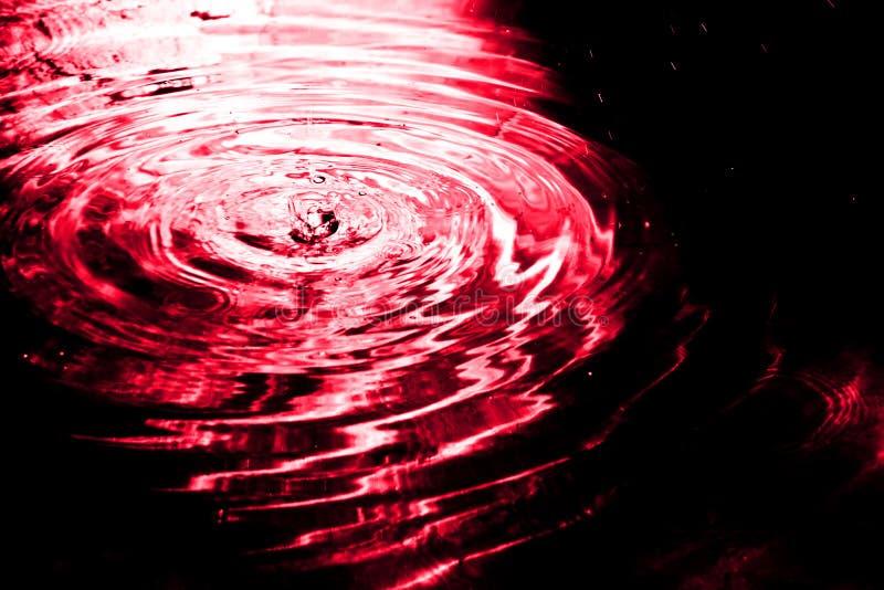 Download Calo in acqua fotografia stock. Immagine di onda, wimple - 3891048