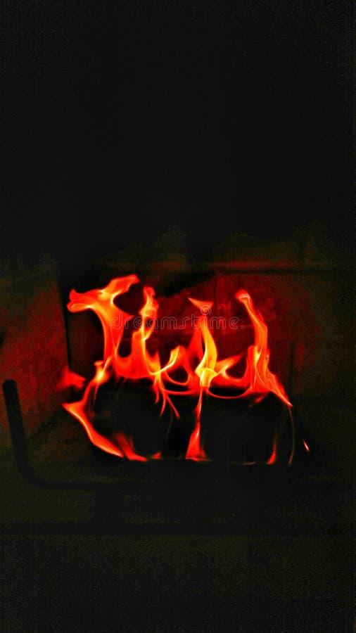 Calor de un fuego del invierno imágenes de archivo libres de regalías