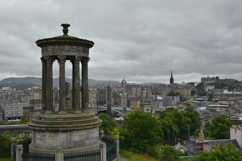 Calton小山在爱丁堡,苏格兰 免版税图库摄影