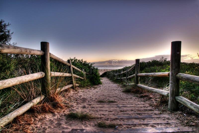 Calzada de la playa fotos de archivo