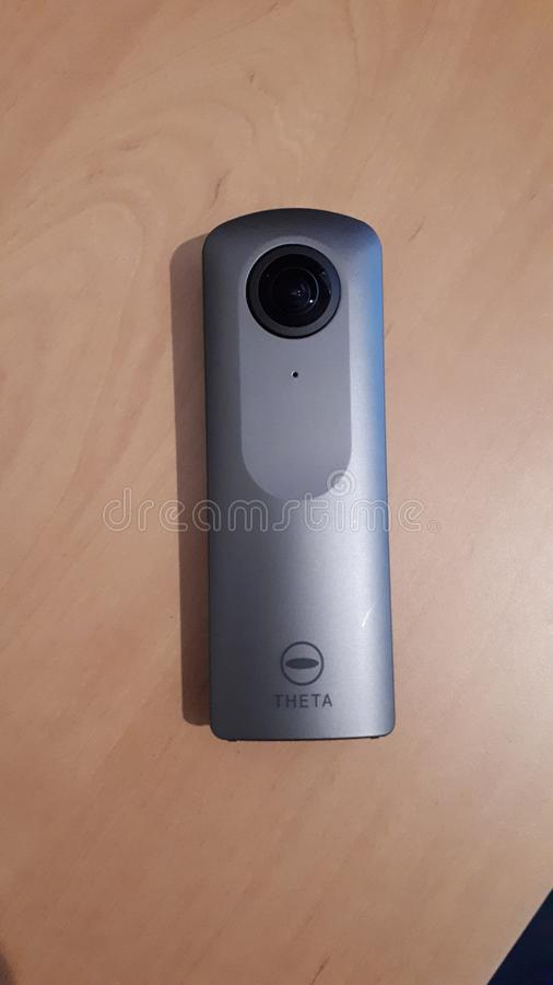 Caméra 360 du thêta V de Ricoh photographie stock