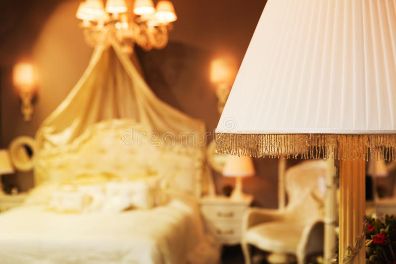 Download Cama Agradable En Un Número Del Hotel Foto de archivo - Imagen de bedchamber, moderno: 42426772