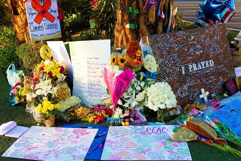 Cama de flor dedicada das vítimas do tiro de Las Vegas imagem de stock royalty free