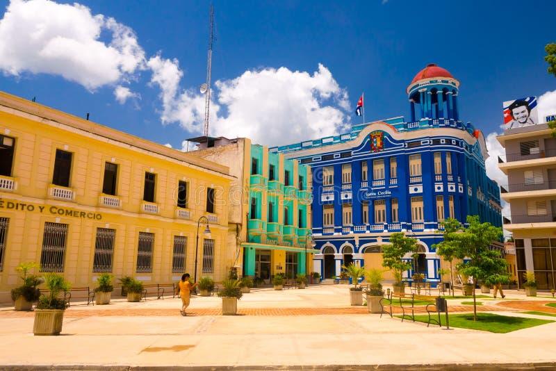 CAMAGUEY, CUBA - 4 DE SETEMBRO DE 2015: Opinião da rua de foto de stock