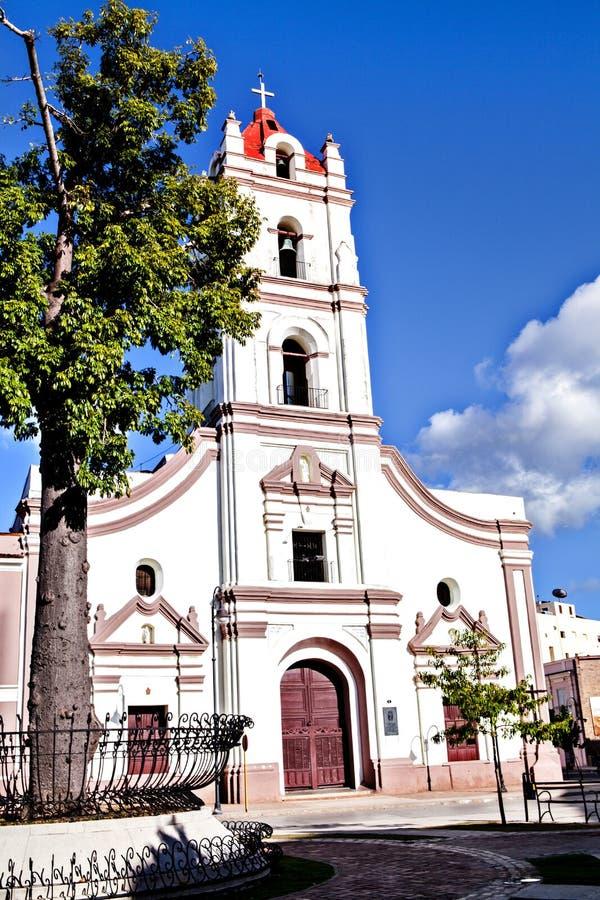 Camaguey, Cuba; Igreja de Iglesia de Nuestra Senora de la Merced em Plaza de los Trabajadores foto de stock royalty free