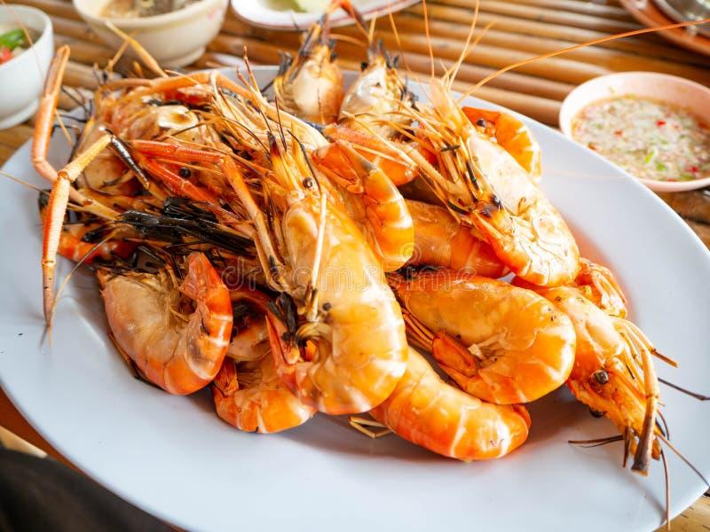 Camarão queimado, alimento de mar do phung do Ce, restaurante, rayoung, Tailândia imagem de stock royalty free