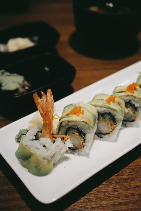 Camarón California Rolls, sushi, comida japonesa imágenes de archivo libres de regalías
