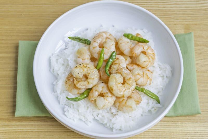 Camarón, chile verde con arroz imagen de archivo libre de regalías