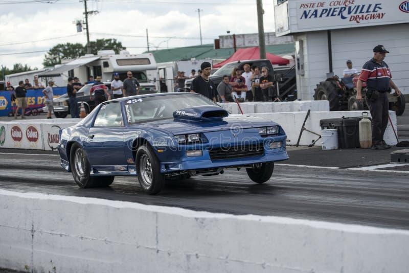 Camaro做开始的阻力汽车 库存图片