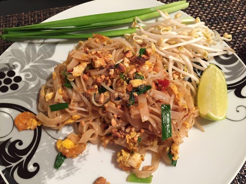 Camarones tailandeses del cojín, comida tailandesa famosa fotos de archivo