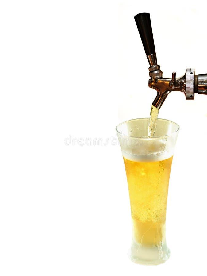 Cambiale della birra e vetro congelato immagine stock libera da diritti