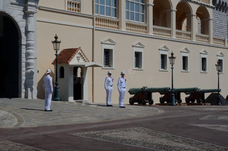 Cambio del guardia, cañones, Mónaco, Tom Wurl imagen de archivo libre de regalías
