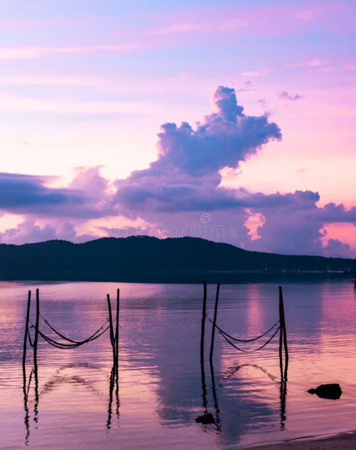 cambodia ALBA una vista dalla laguna fotografie stock libere da diritti